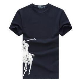 シンプルで長く着ていけるTシャツの登場