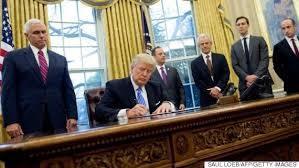 トランプ大統領の出現、「是非も無し」。