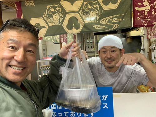 今日から信州そば真田丸でテイクアウトが始まりました。こういう時期はやるだけやっちまえ!だとボクは思います。応援します。
