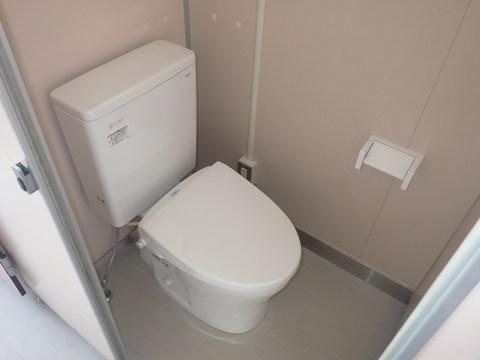 埴生小学校のトイレ改修工事が竣工しました。児童のみなさん、先生方ありがとうございました。