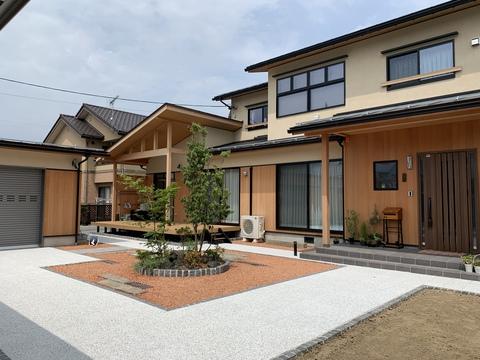 ナガノの家 に長坂建設の家が掲載されました