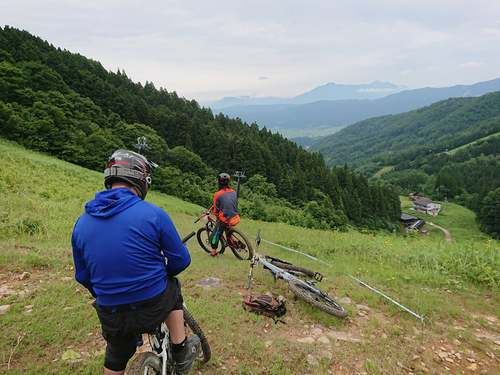 【MTBフィールド】野沢温泉スキー場 グリーンフィールド オープンしています!