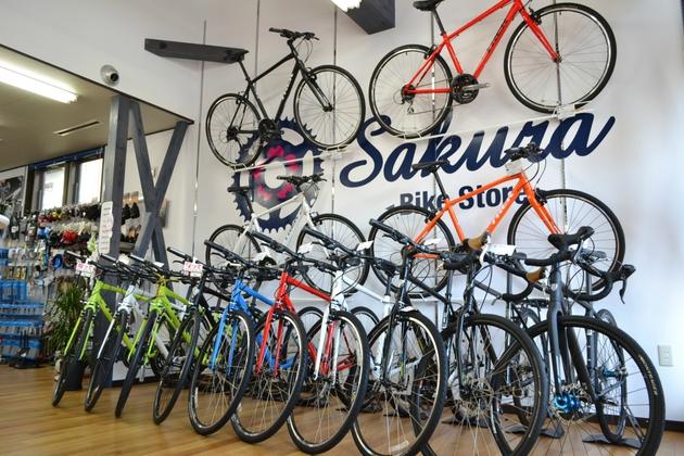 サクラバイクストア店内写真