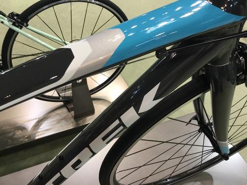TREK女子専用設計ロードバイクdomane AL3 women's