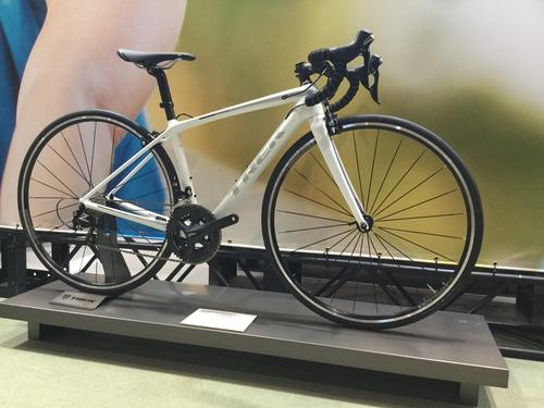 TREK女子専用設計ロードバイク emonda SL5
