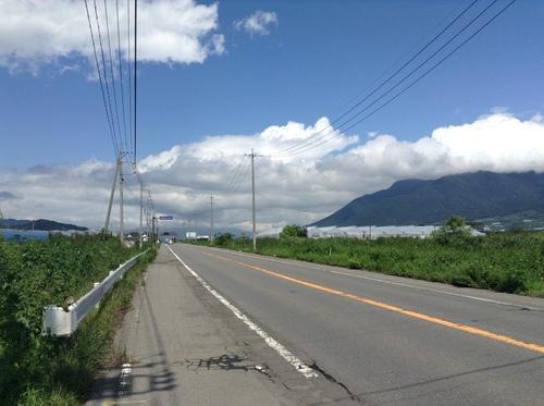 中野から飯山に行く道 七瀬の辺