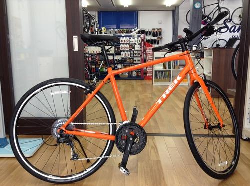 トレッククロスバイク7.4FX オレンジ