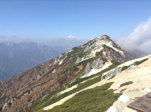 燕岳10月