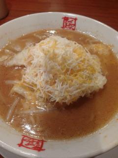 味噌 ラーメン チーズ 【実食】カップ味噌ラーメンにあうトッピング教えて【チーズ三昧】